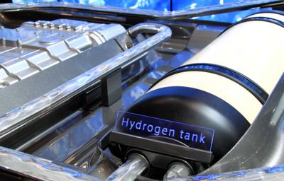 Эксперты рассказали о преимуществах водородного топлива перед электродвигателями