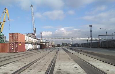 """""""Морпорт Санкт-Петербург"""" расширил перечень операций с контейнерами"""