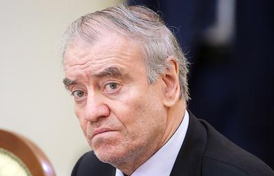 Гергиев назвал трагедией кончину Хворостовского