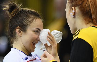 Травма российской гандболистки Вяхиревой на ЧМ оказалась несерьезной