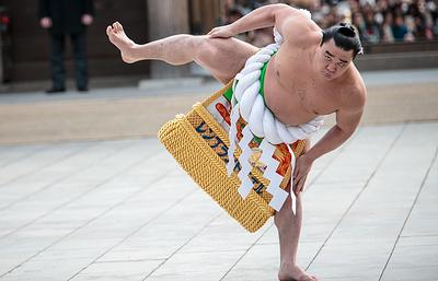 На бывшего чемпиона сумо завели уголовное дело в Японии из-за избиения другого борца