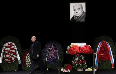 Прощание с актером Леонидом Броневым проходит в Москве