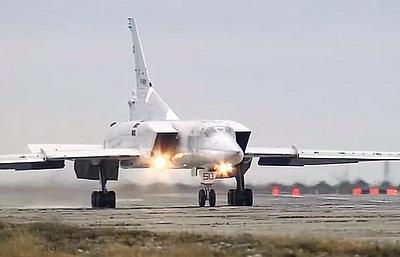 Ту-22М3 вернулись на аэродром дислокации после выполнения задач в Сирии
