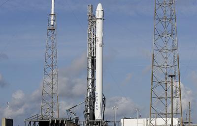 Запуск ракеты Falcon 9 с кораблем Dragon перенесен на 15 декабря