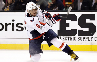 """""""Вашингтон"""" победил """"Бостон"""" в матче НХЛ, Овечкин забросил шайбу и отдал голевую передачу"""