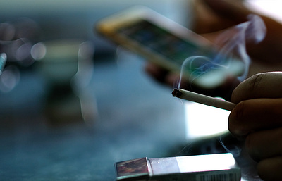 Ученые выяснили, что курение может спровоцировать тяжелые заболевания позвоночника