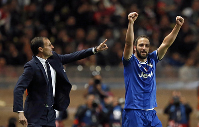 Гол Игуаина позволил «Ювентусу» обыграть «Аталанту» в полуфинале Кубка Италии