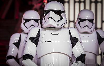 Авторы «Игры престолов» создадут серию фильмов во вселенной «Звездных войн»