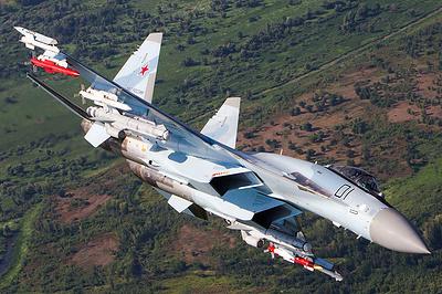 """""""Охота"""" на Су-35: чем российский истребитель удивляет мир"""