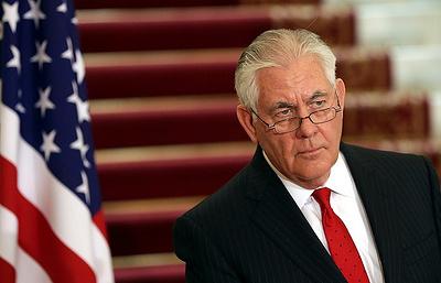 Тиллерсон заявил, что США рассматривают возможное введение санкций против лиц в РФ