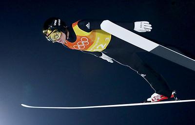 Сборная Норвегии завоевала золото в командном турнире ОИ в прыжках на лыжах с трамплина