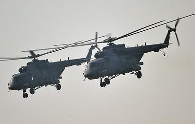 Более 500 мотострелков учатся десантированию из вертолетов под Волгоградом