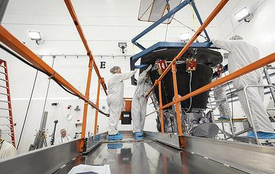 NASA завершило установку специального термощита на зонде, который полетит к Солнцу