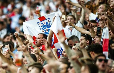 ФИФА предупредила Футбольную ассоциацию Англии за поведение болельщиков
