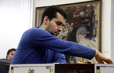 Непомнящий победил Крамника и вышел в лидеры шахматного супертурнира в Дортмунде