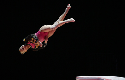 Российская гимнастка Мельникова стала третьей на чемпионате Европы в упражнении на брусьях