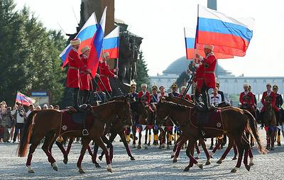 Праздничная программа пройдет в 17 парках Москвы в День Государственного флага РФ