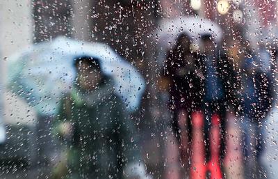 В регионах Западной Сибири объявлено штормовое предупреждение из-за шквалистого ветра