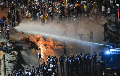 СМИ: в результате акции протеста в Бухаресте пострадали 440 человек