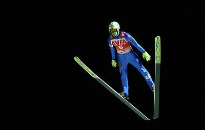 Климов впервые в карьере выиграл этап летнего Гран-при по прыжкам на лыжах с трамплина
