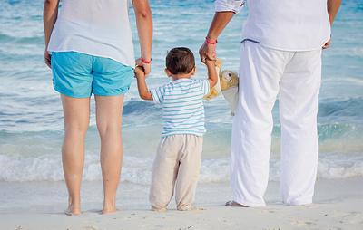 Греция законодательно ускорила процесс усыновления