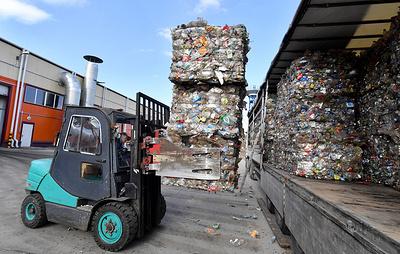 Один из крупнейших в России мусоросортировочных заводов открылся в Тюмени