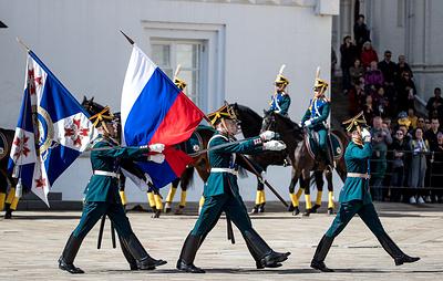 Церемониальный развод караулов в Кремле 25 августа и 1 сентября проводиться не будет