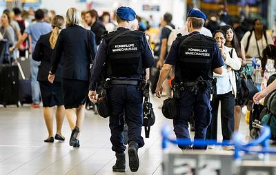 СМИ: неизвестный совершил нападение с ножом на Центральном вокзале...