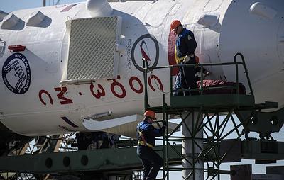 """Роскосмос не комментирует версию повреждения """"Союза"""" астронавтами NASA"""
