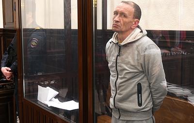 """Суд оставил под арестом пожарного Генина, обвиняемого по делу о """"Зимней вишне"""""""