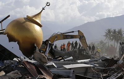 СМИ: число жертв землетрясения в Индонезии превысило 1,9 тыс. человек
