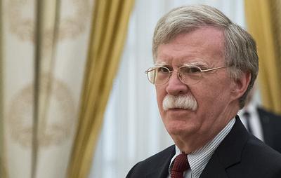 Болтон заявил, что едет в Москву ради улучшения отношений РФ и США