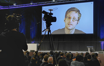Сноуден заявил, что не работает на правительство России