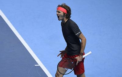 Зверев вышел в финал Итогового турнира АТР, обыграв Федерера