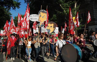 Жители Аргентины вышли на марш против саммита G20