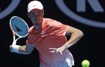 Медведев впервые в карьере пробился в четвертый раунд Australian Open