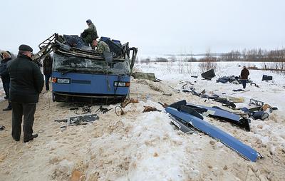 Семь человек погибли, 32 пострадали в ДТП с автобусом под Калугой