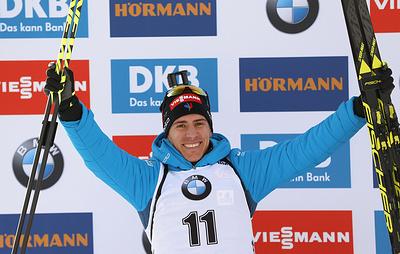Француз Фийон Майе выиграл гонку преследования на этапе Кубка мира по биатлону в США