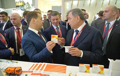 Медведев напомнил о своевременной профилактике и лечении гриппа иОРВИ