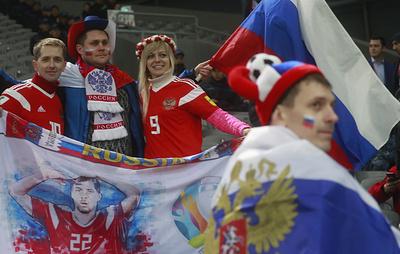 Казахстан встретил болельщиков сборной России национальной кухней и гостеприимством