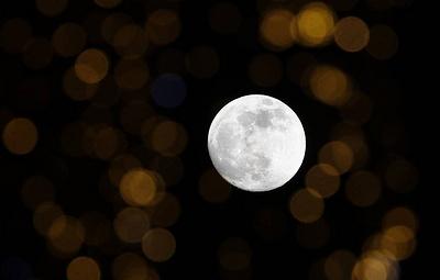Российская космическая станция будет искать на Луне следы жизни и воды