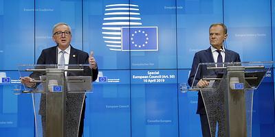 Пять сценариев для Лондона. Саммит ЕС отложил Brexit на полгода