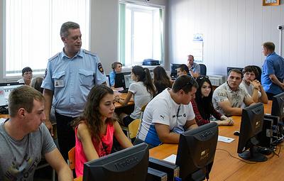ГИБДД планирует увеличить число вопросов в теоретическом экзамене на права в 2019 году