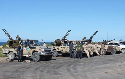 Аэропорт в Триполи закрыли после сообщений о возможном авиаударе