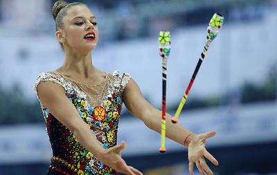 Солдатова победила в упражнениях с булавами на этапе КМ по художественной гимнастике