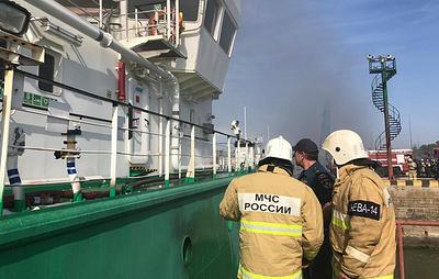 Спасатели извлекли тело третьего погибшего в результате взрыва на танкере в Махачкале