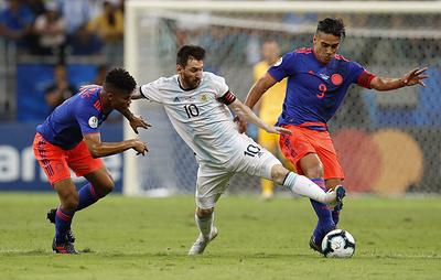 Сборная Колумбии обыграла команду Аргентины в матче Кубка Америки по футболу