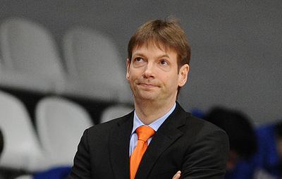 Попович является ролевой моделью для тренера российских баскетболисток Ланге