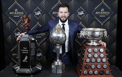 Россияне снова среди лучших в НХЛ. Овечкин, Кучеров и Василевский выиграли пять наград