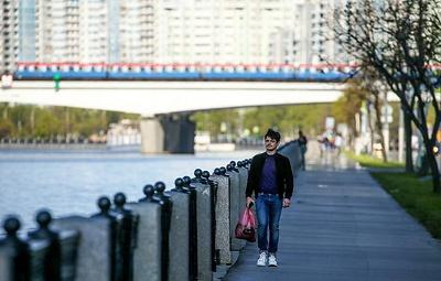 ВЦИОМ: более 80% россиян считают, что молодежь ориентирована на материальные ценности